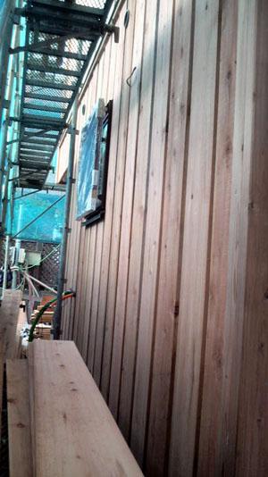 Q1西落合の家:秋田スギ外壁施工_e0054299_17594110.jpg