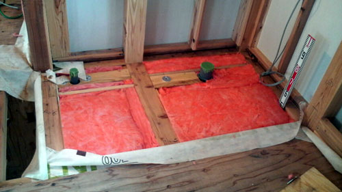 Q1西落合の家:本格的な断熱・気密施工_e0054299_1895110.jpg