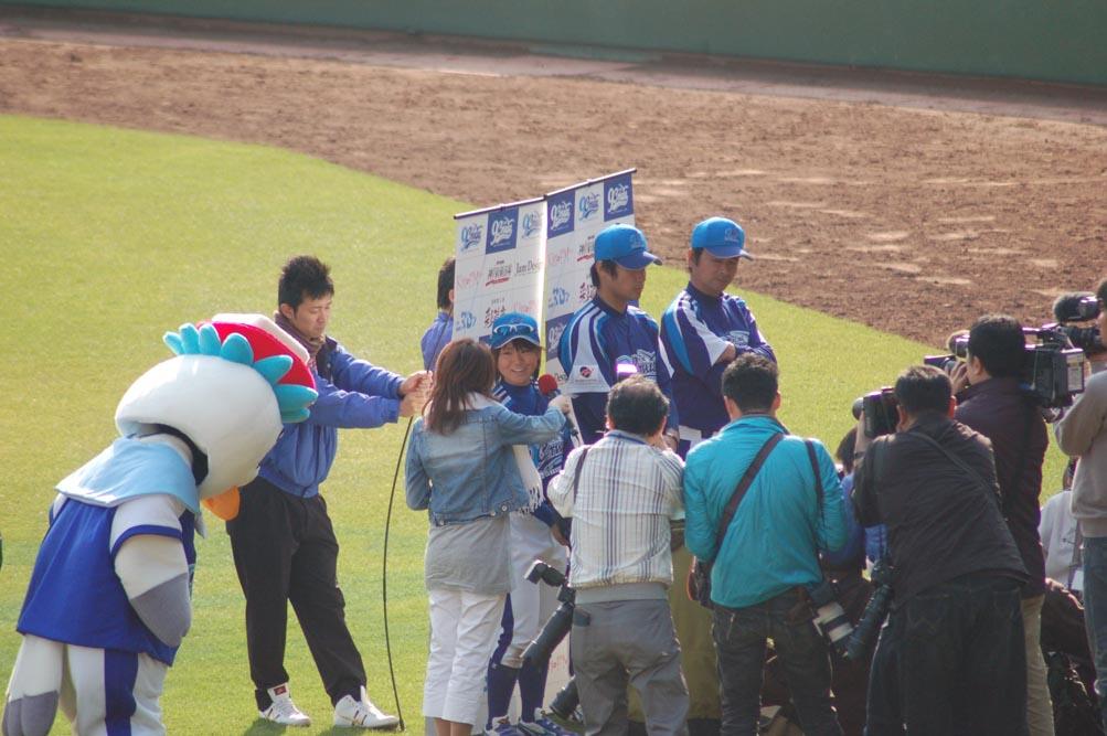 神戸9クルーズ観戦記~初ホームゲーム_e0158128_2235488.jpg