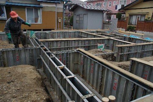 布基礎コンクリート打ち_b0165417_16583298.jpg
