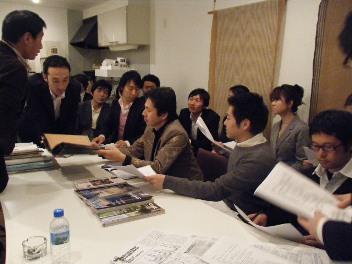 今宵は、勉強会です。_d0091909_1162539.jpg
