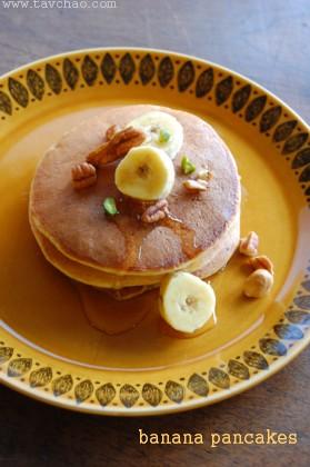 本のお知らせとバナナと全粒粉のパンケーキ_e0155925_1535192.jpg