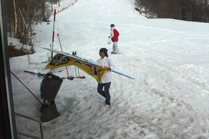 4月5日 スキー場 クローズ_d0012134_14535322.jpg