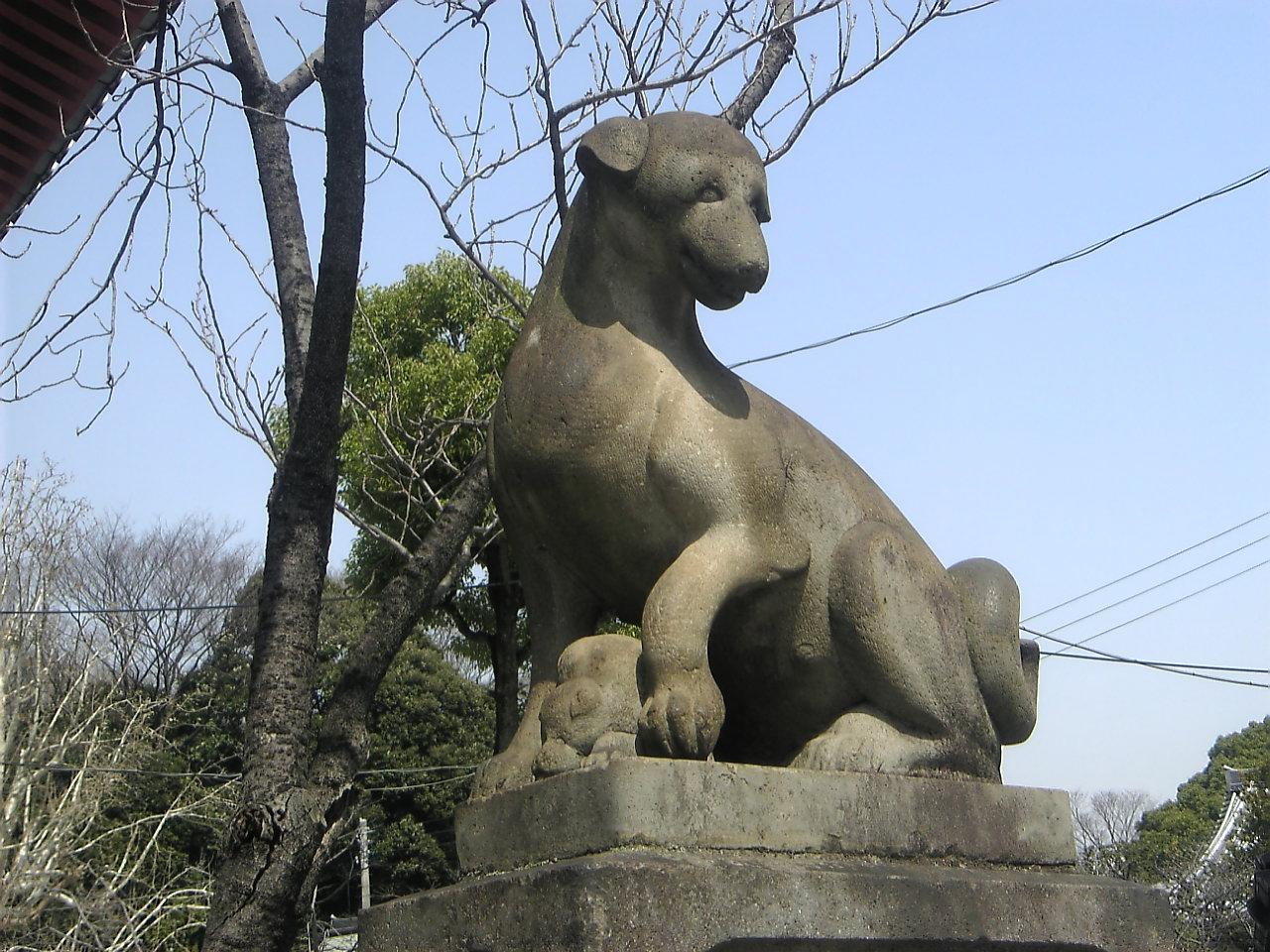 狛犬_d0135882_7235635.jpg