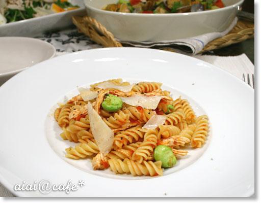 記念日ディナー♪蒸し鶏と空豆のパスタ_a0056451_16301162.jpg