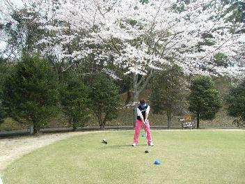 桜満開の景色の中で・・・。_d0091909_918132.jpg