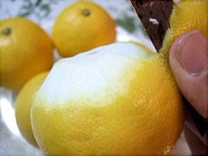 /// 今日のおめざは土佐・高知の小夏(ニューサマーオレンジ)です ///_f0112434_091768.jpg