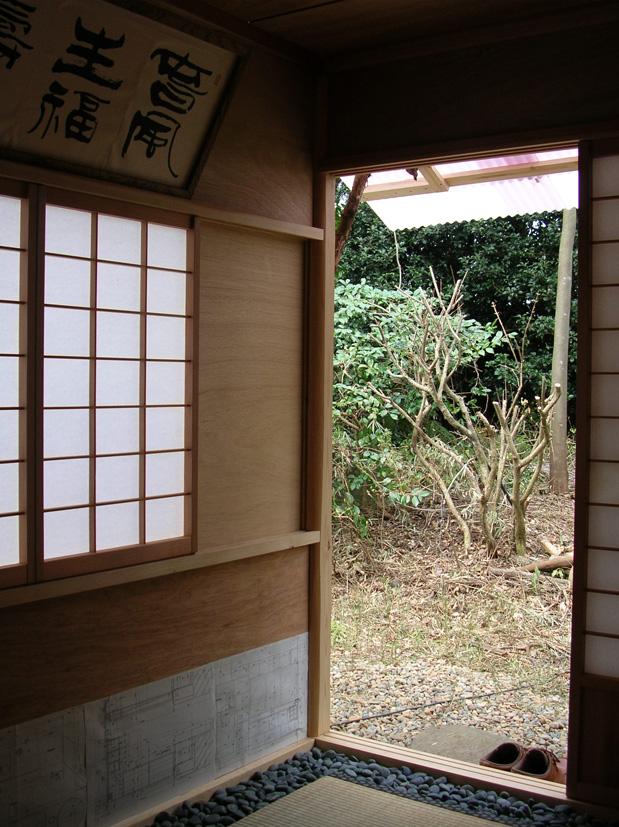 「持ち運び」2畳台目の茶室 約150万円なり_e0127948_6342221.jpg