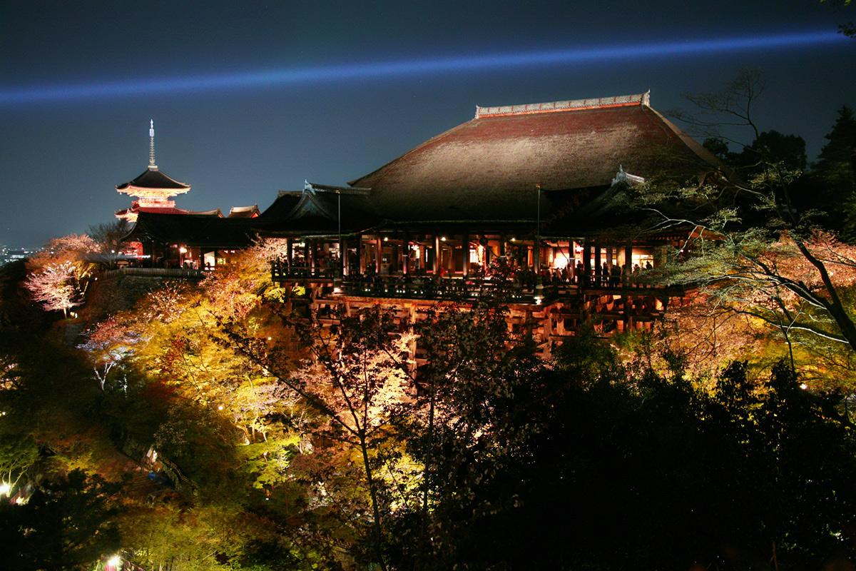 清水寺 桜ライトアップ_f0021869_18274741.jpg