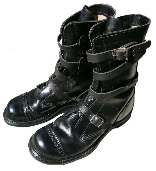 tanker boots my style