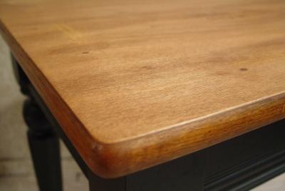 古い木の良いアジがでた本革シートチェアー完成!_a0096367_20515983.jpg