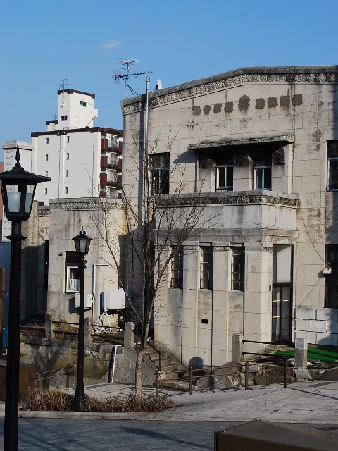旧函館無尽本店、北洋相互銀行(函館末広町レトロ建築コレクション)_f0142606_17135.jpg