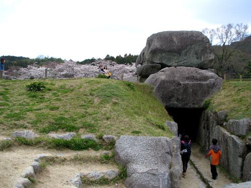 奈良2 明日香石舞台古墳_e0048413_2156221.jpg