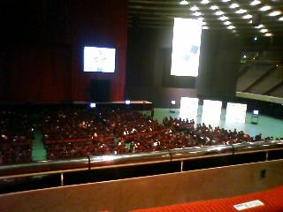 大阪城ホールで入学式_e0050006_12503277.jpg