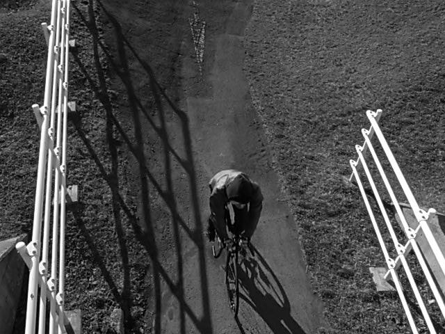 ジンギとサイクリング_e0173533_1814594.jpg
