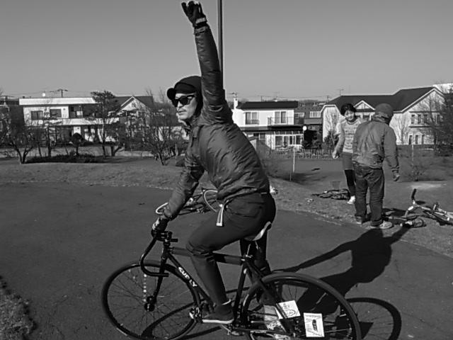 ジンギとサイクリング_e0173533_18151356.jpg