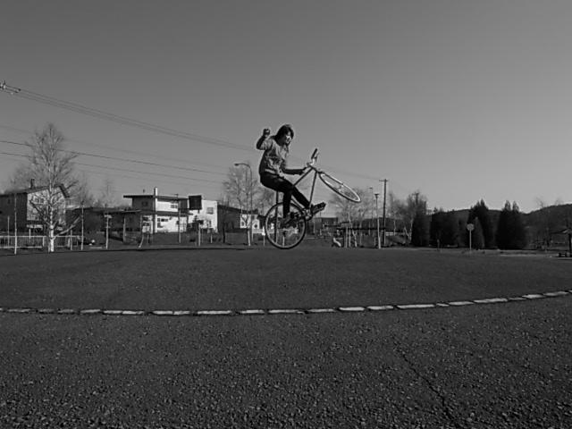 ジンギとサイクリング_e0173533_1815378.jpg