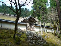 櫻狂い(3) ~かくれ里の櫻・常照皇寺~_b0102572_0273982.jpg