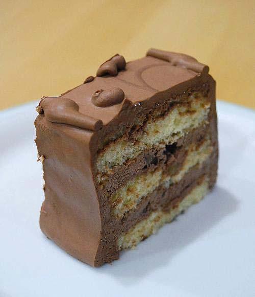 赤坂トップスのチョコレートケーキ_c0177814_10385652.jpg