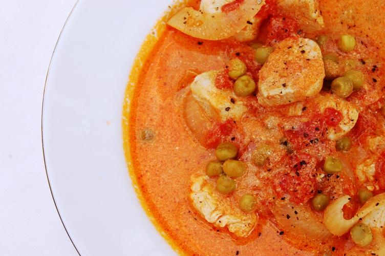 軽い口当たり☆チキンと玉ねぎのトマトのさっと煮_d0104926_16471115.jpg