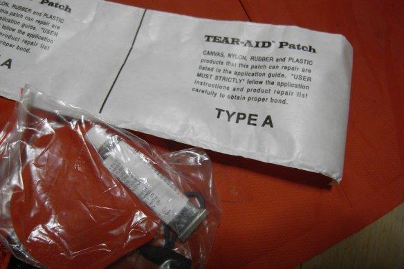 モンベル空気枕修理 / Montbell UL Comfort System Pillow leaking_e0024555_17453811.jpg