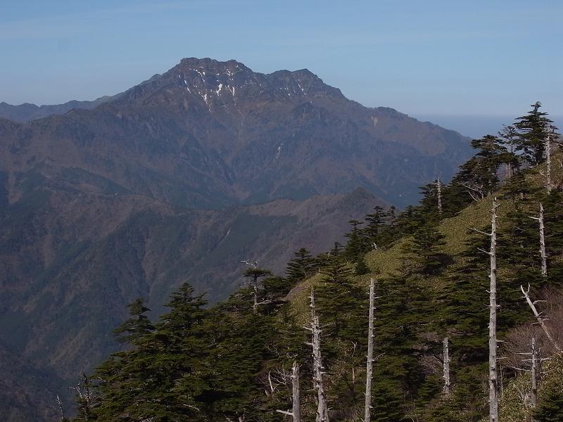 4月18日、瓶ヶ森登山_f0138096_2321067.jpg