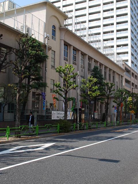 東京都中央区立明石小学校(大正モダン建築探訪)_f0142606_2140537.jpg