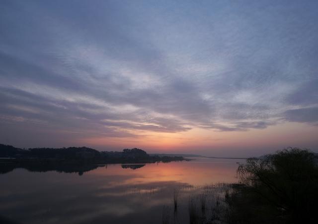 雲の朝_f0018464_19563575.jpg