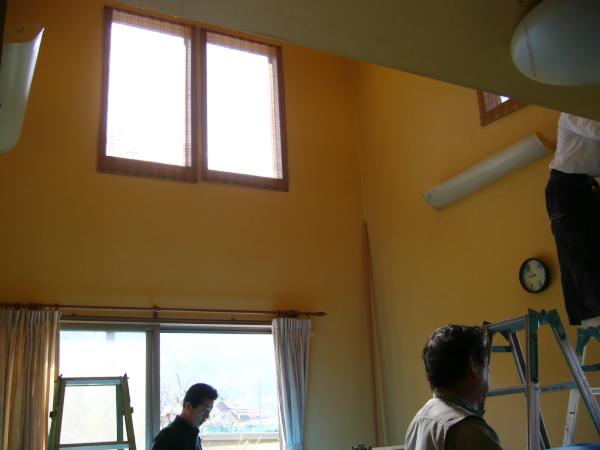 吹き抜けに部屋を作りました!_c0184295_2131144.jpg