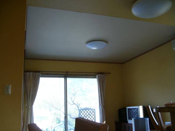 吹き抜けに部屋を作りました!_c0184295_21362757.jpg