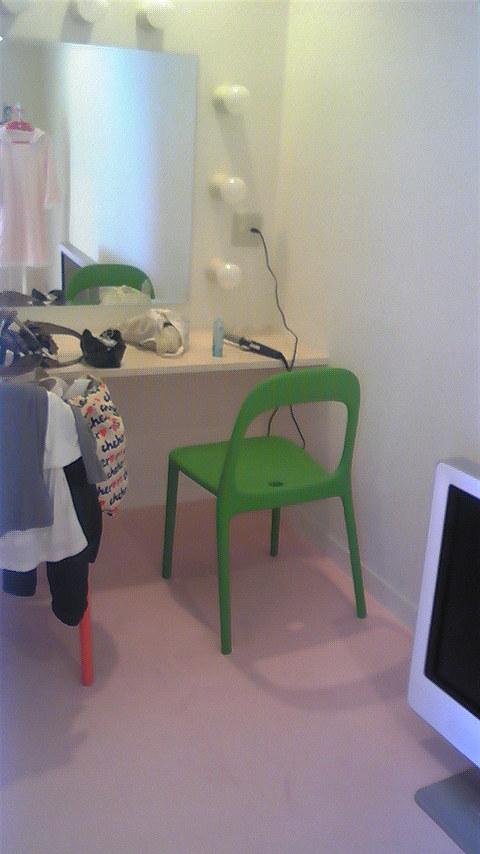 田中の小部屋。_f0195703_1028553.jpg