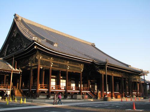 西本願寺 御影堂_e0048413_2120349.jpg