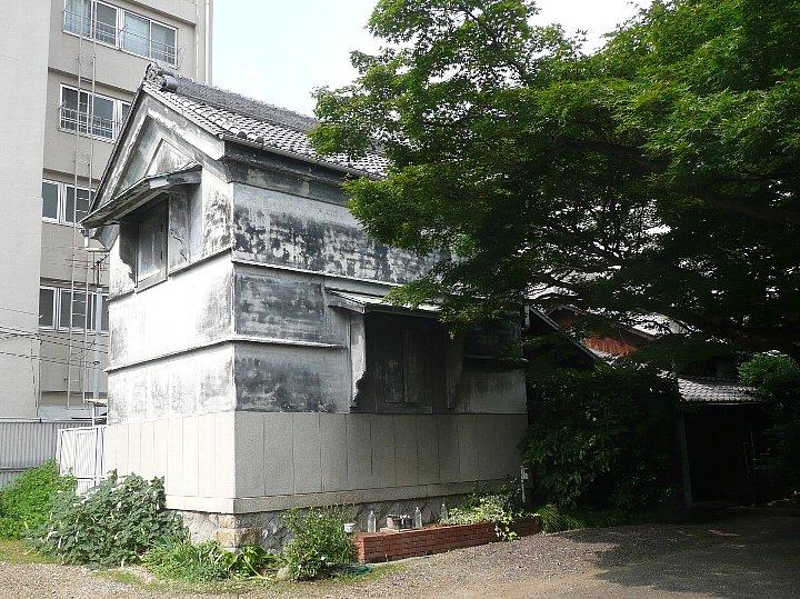 愛知県議員会館_c0112559_1430267.jpg