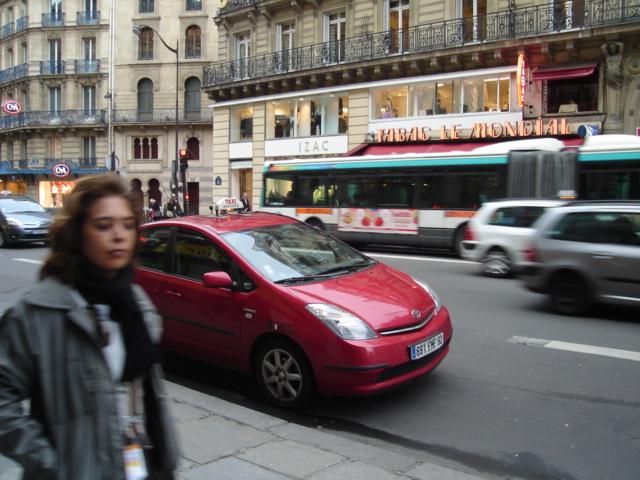 おフランスのクルマ事情_e0003660_0114528.jpg