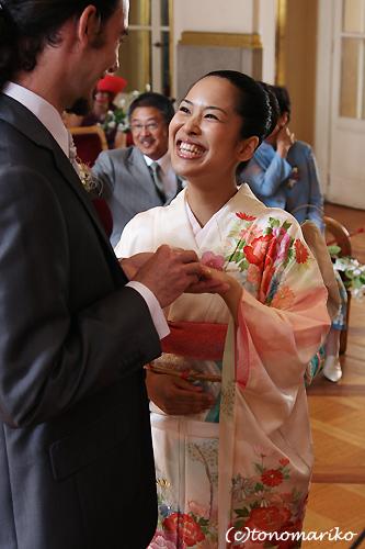 笑顔いっぱいフランスの結婚式_c0024345_112462.jpg