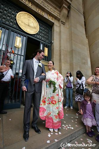 笑顔いっぱいフランスの結婚式_c0024345_11261178.jpg