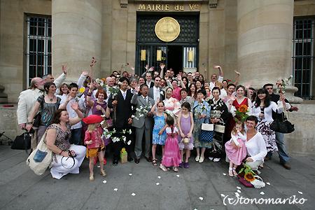 笑顔いっぱいフランスの結婚式_c0024345_11262588.jpg
