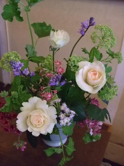 オークリーフ花の教室(カフェマレットさんにて。第2回目)_f0049672_1617674.jpg
