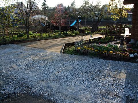 我が家の庭大改造_e0012815_2222771.jpg