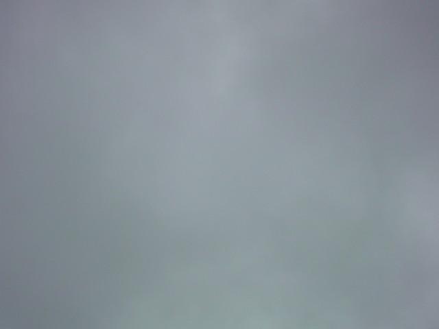 「曇り空の土曜日」_e0051174_6425646.jpg