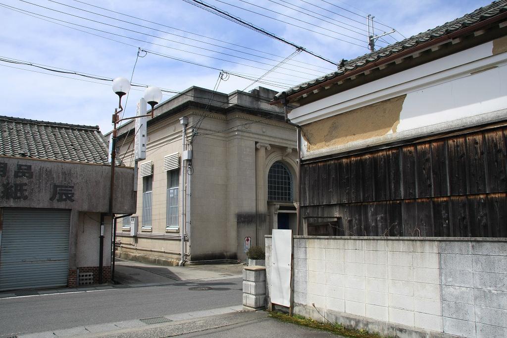 ヴォーリズの建物31 滋賀銀行 旧甲南支店 : ゲ ジ デ ジ 通 信