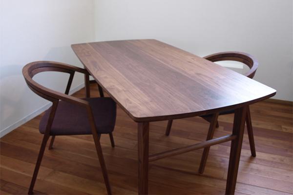 ダイニングテーブル 出来ました!_e0115686_15231767.jpg