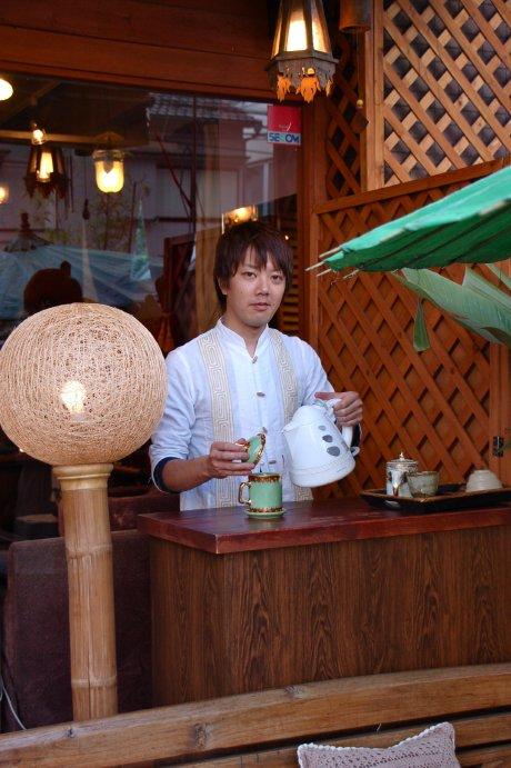 Hana Cafe 営業中!_a0037910_11542521.jpg