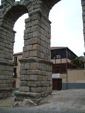 (番外編!)Segovia散策・前半の巻_e0120938_9285815.jpg