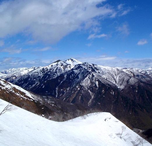 春の谷川岳(天神尾根)_c0177814_18371416.jpg