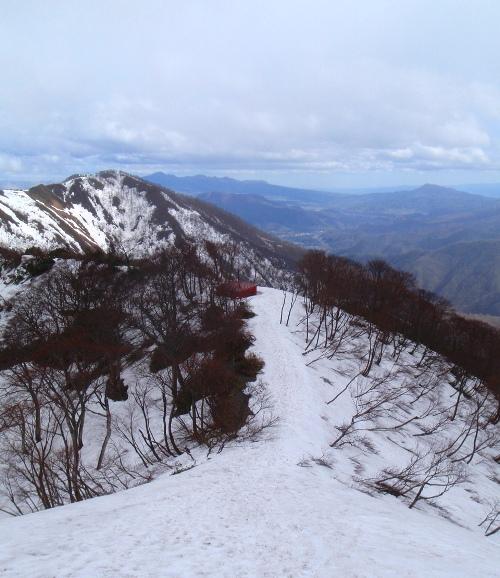 春の谷川岳(天神尾根)_c0177814_1964818.jpg