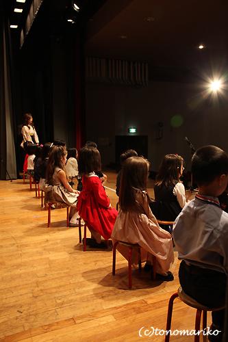 パリの幼稚園の卒園式_c0024345_16361942.jpg