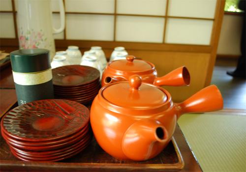 谷中で法事・上野で会食・ちわり、ただいま。_c0181457_15541112.jpg