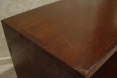 アジのある小さめの木製台と、木枠のミラー入荷!_a0096367_21581313.jpg