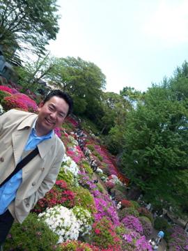 根津神社のツツジ/上野東照宮の牡丹_c0180686_1561598.jpg